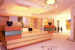 Hotel Schwarz reception